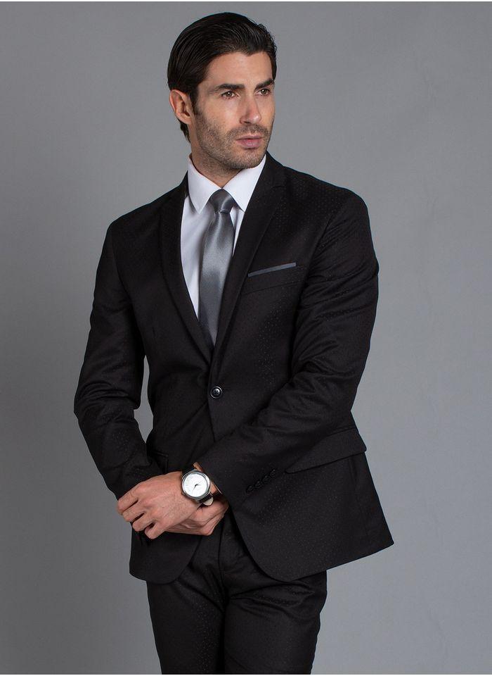 traje